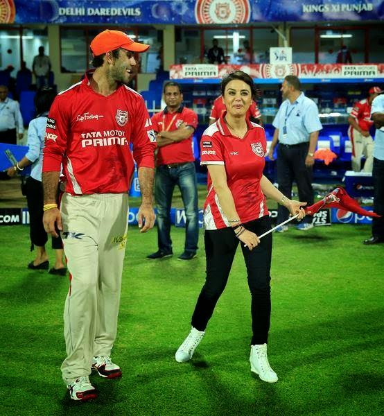 Sunrisers Hyderabad Song Download 2017: IPL 2017 Preity Zinta Hot Images, Pictures, Photos