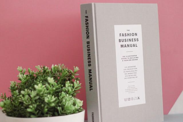 Books: Fashionary - The Fashion Business Manual