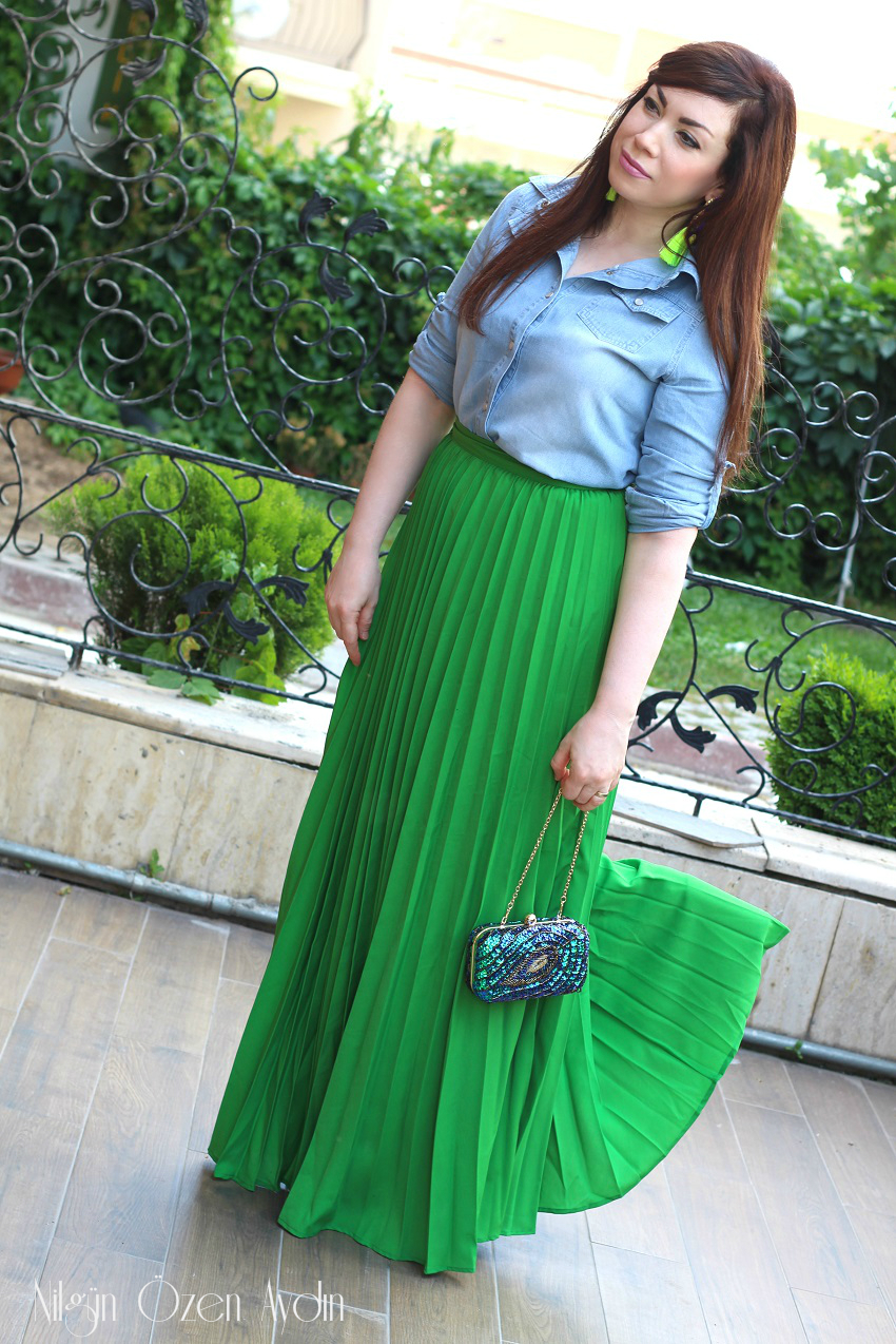 www.nilgunozenaydin.com-green pleated maxi skirt- fashion blogger-fashion blogs