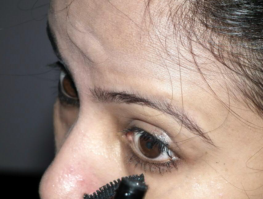 247f823067a Review and Swatches: Lakme Eyeconic Range Kajal and Mascara ...