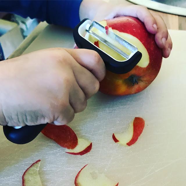 Kugelfisch-Blog - Apfel schälen