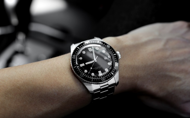 Ways to Follow While Selling Luxury Watches For Better Return