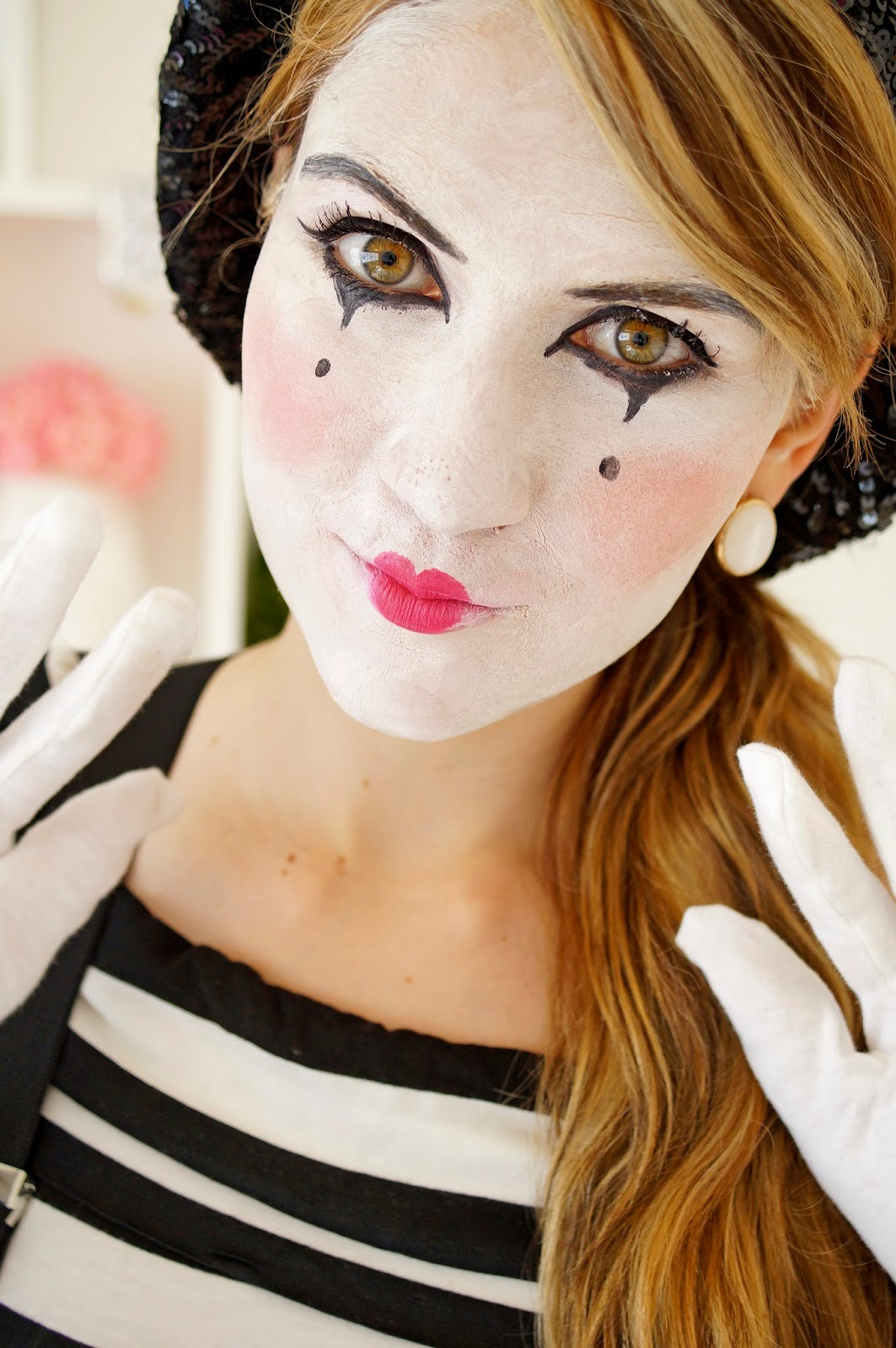 Easy Homemade Mime Costume Tutorial for Halloween