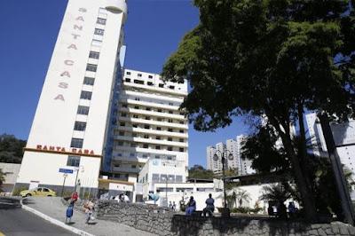 Bolsonaro quer doar R$ 1,7 milhão a hospital, mas lei eleitoral proíbe