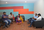 nenu local movie unit facebook-thumbnail-61