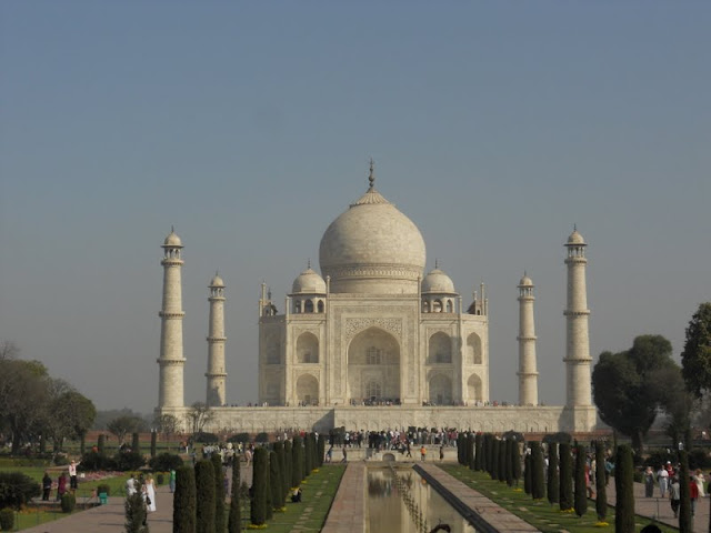 Delhi to Agra Day Trip: The Taj Mahal