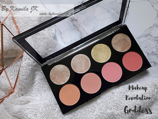 Makeup Revolution paletki różów Blush Palette Goddess