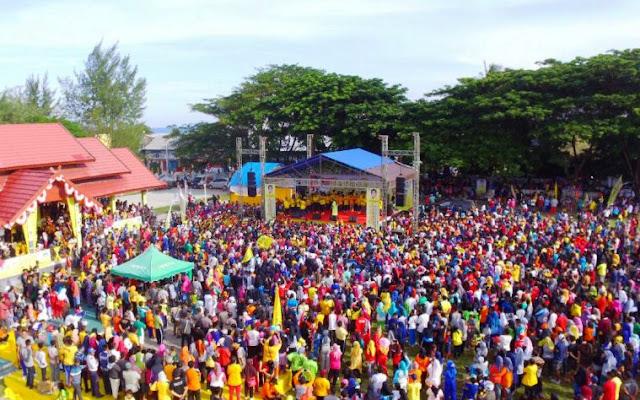 Ribuan Warga Selayar,Ikut Meriahkan Gerak Jalan Santai, Partai Golkar