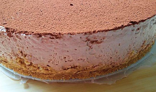 Tarta mousse de queso y cacao sin azúcar