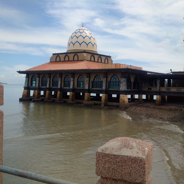 Masjid Al Hussain Kuala Perlis, Jetty Kuala Perlis, Kangar, Visit Malaysia, tourism, Mosque Perlis Malaysia, Sea Perlis