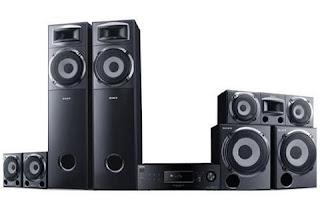 Sony HT-DDW3500 có nhiều loa lớn, tương tự như ở các dàn Hi-Fi chất lượng cao