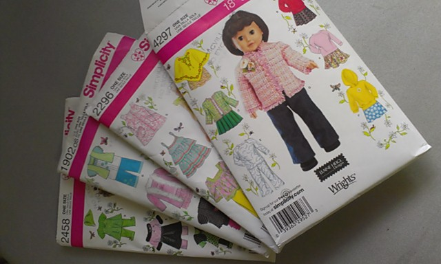 Knitting Patterns For Journey Girl Dolls : Quilt, Knit, Run, Sew: Clothes for your Journey Girl