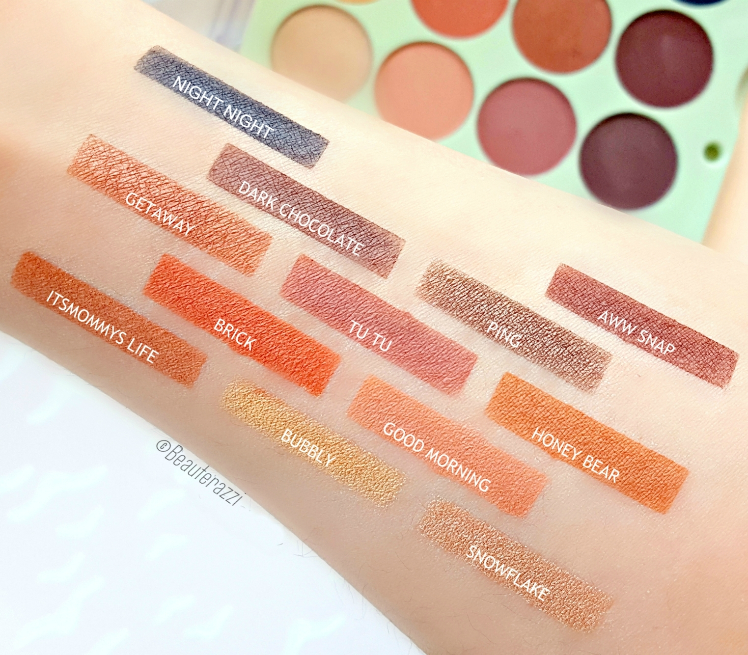 Pixi + Its Judy Time Its Eye Time Eyeshadow Palette - Swatches
