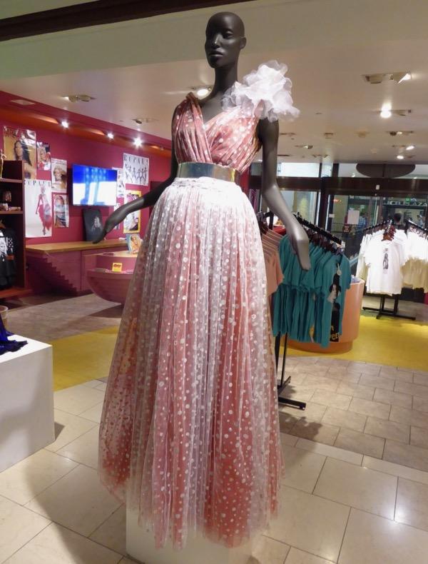 RuPauls Drag Race season 8 gown