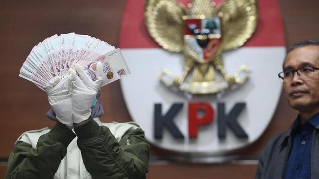 Terima Suap, KPK Tetapkan Dua Hakim PN Jaksel Sebagai Tersangka