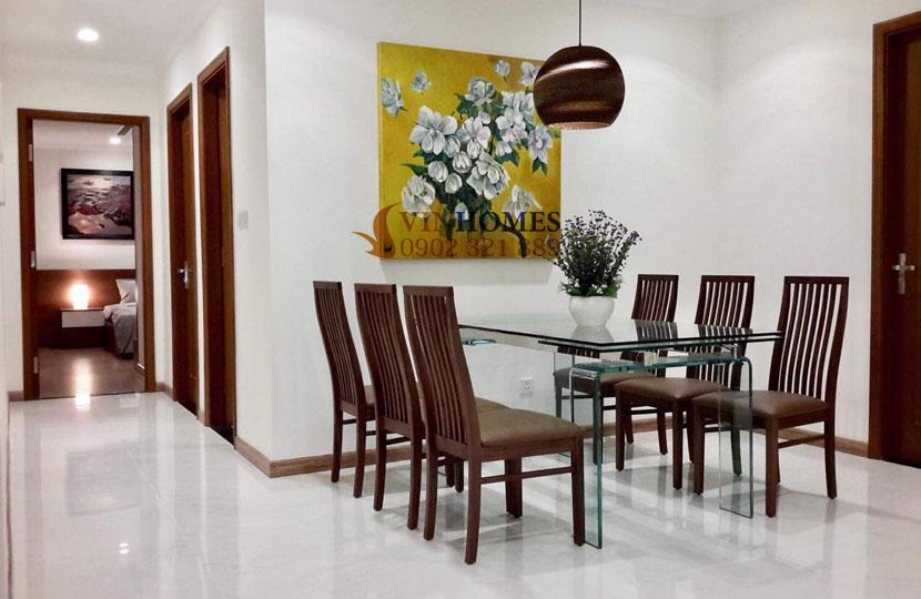 thuê căn hộ 4 phòng ngủ Landmark 1 tầng 15 nội thất đẹp | bàn ăn
