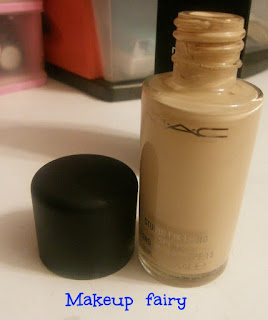 products_smackdown_estee_lauder_vs_mac_studio_fix
