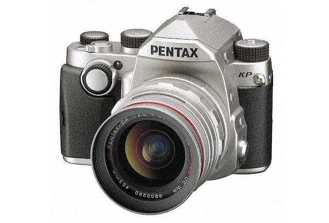 كاميرة KP DSLR