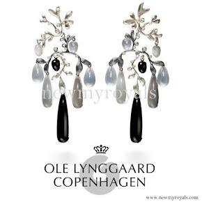 Ole-Lynggaard-Copenhagen-Earrings.jpg