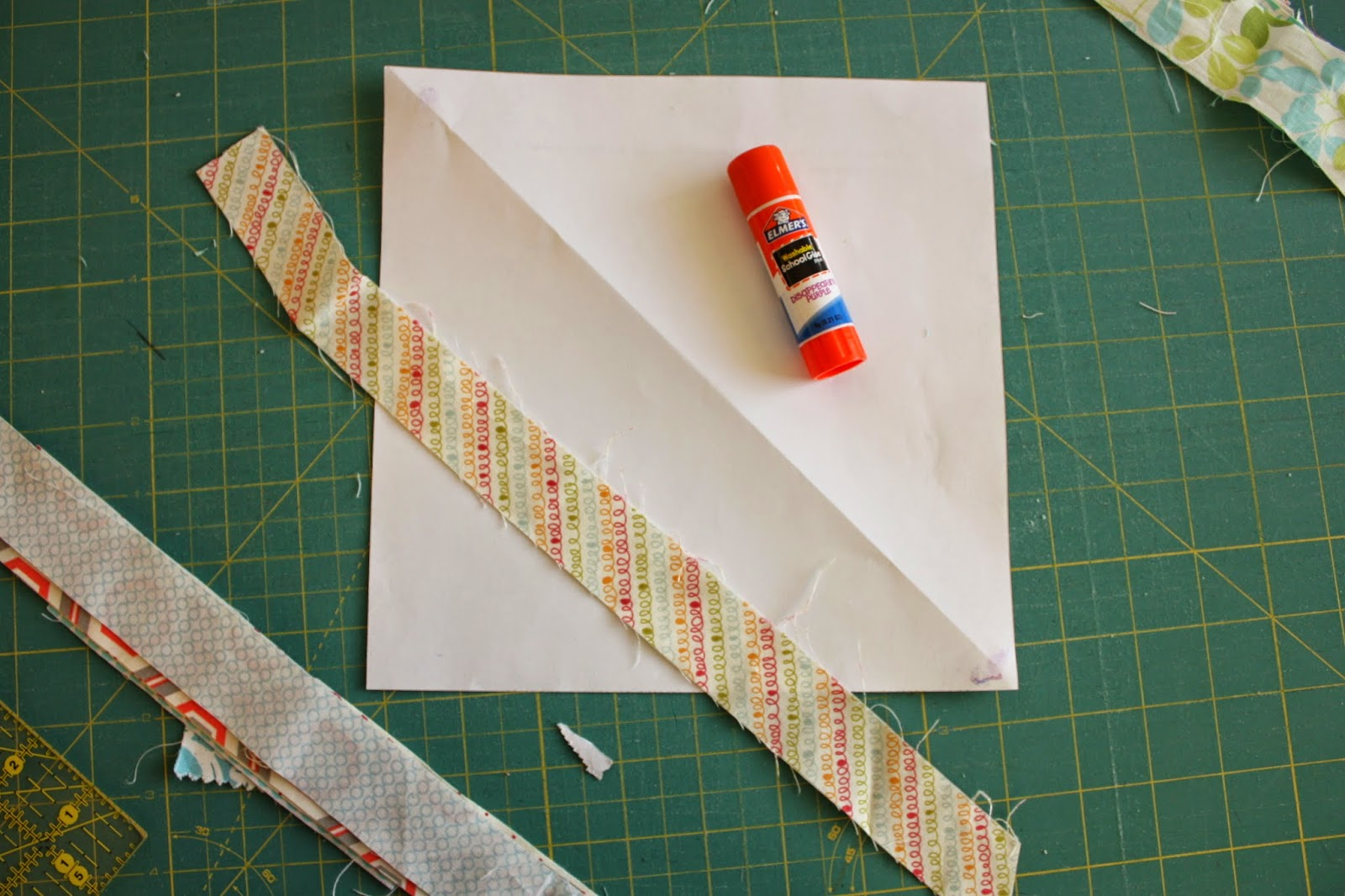 Easy Scrap Fabric Quilt Block Diary Of A Quilter A Quilt