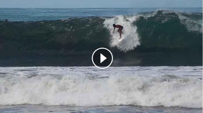 Cali Muñoz en el último swell en Playa Hermosa