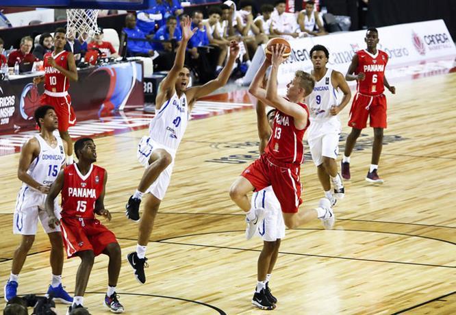 RD vence a Panamá en Campeonato FIBA