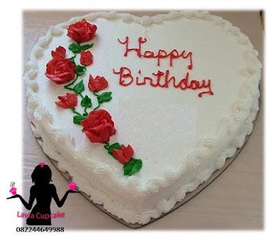 Kue tart ulang tahun untuk pacar paling romantis buat perempuan