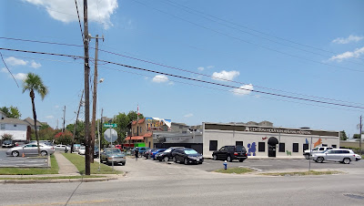 1600 Block of Lower Westheimer - La Grange - Animal Hospital