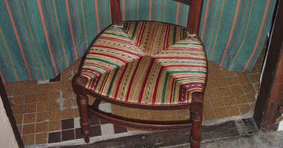 normandie cannage une chauffeuse chaise de nourrice. Black Bedroom Furniture Sets. Home Design Ideas