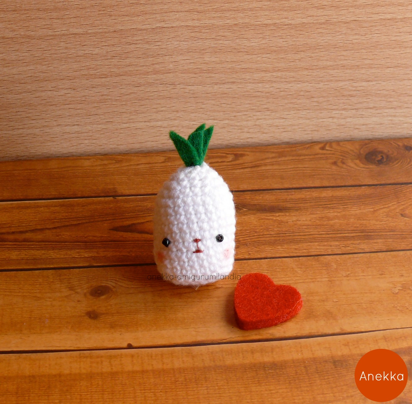 pineapple heart anekka handmade