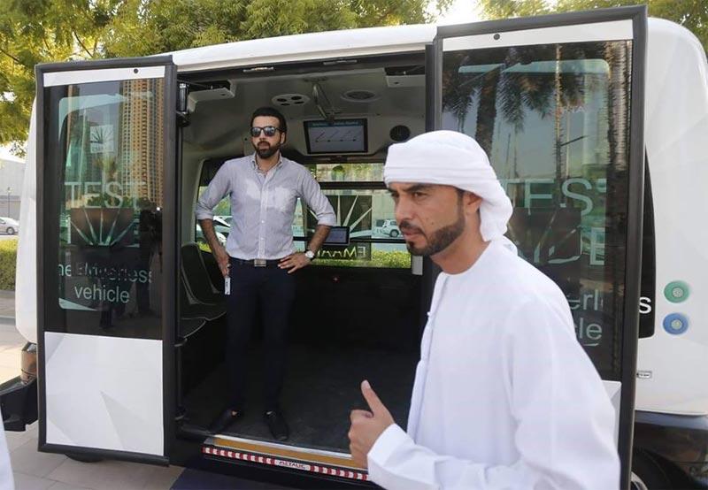 Dubai unveils driverless bus (while Nigeria unveils odorless fufu)