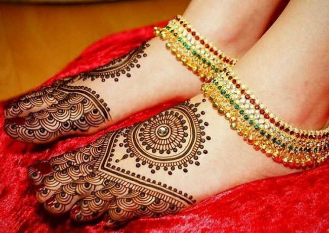 Mehndi Leg Designs : Beautiful punjabi mehndi designs images