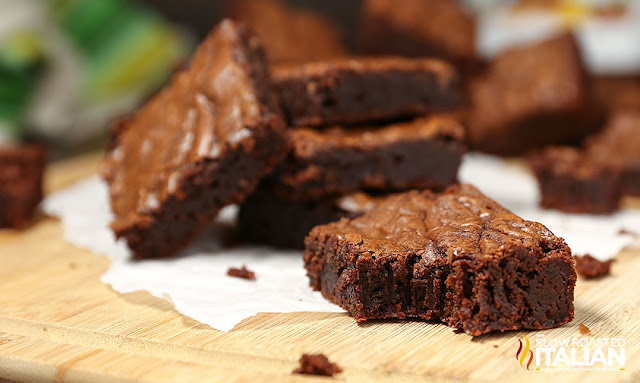 http://www.theslowroasteditalian.com/2015/07/3-Ingredient-Brownies-recipe.html