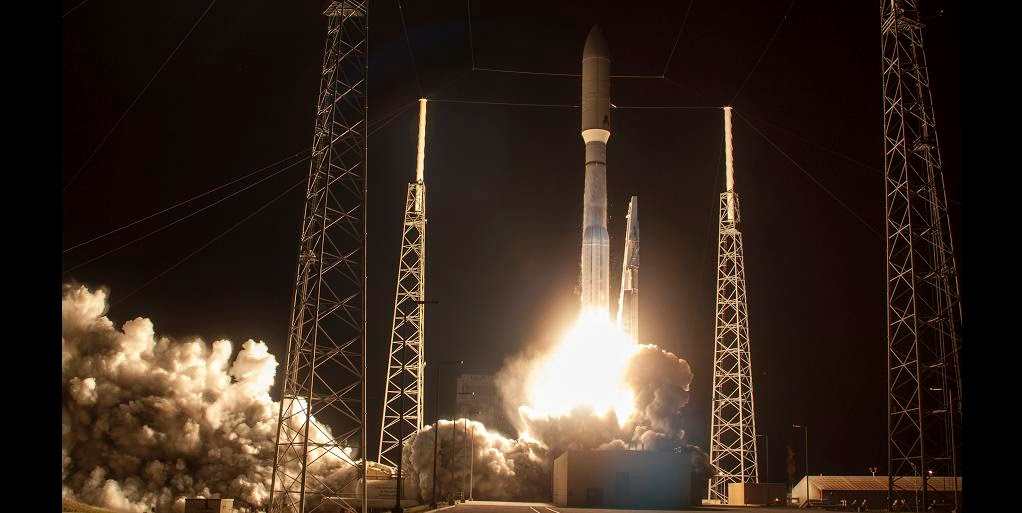Atlas V rocket carrying the 3rd Mobile User Objective System satellite for the United due south ULA Successfully Launches MUOS-3 Satellite for the U.S. Navy