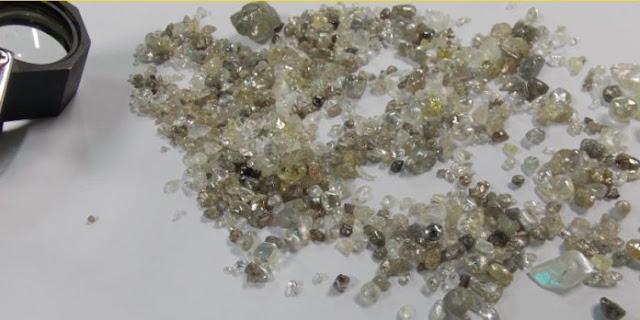 Homem detido com 235 diamantes na Lunda Norte