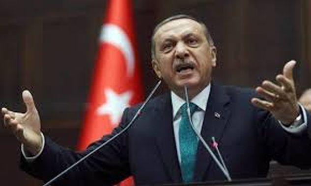 Ερντογάν: «Είστε φασίστες, βάλατε φωτιά στα τζαμιά μου»!