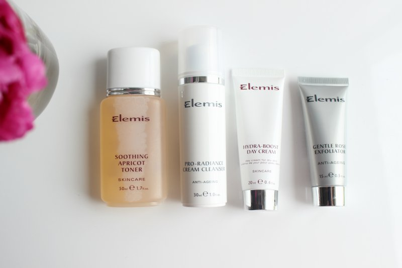 As a professional aromatherapy brand, ELEMIS offers products that are a treat for both your skin and your senses! Explore rich moisturizers, facial masks, aromatic bath and body items, antiaging skin care, and targeted treatments for delicate areas such as the eyes, neck, and décolleté.