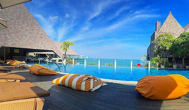 Hotel Terbaik di Bali dengan Jacuzzi Dekat Pantai Terpopuler di Bali