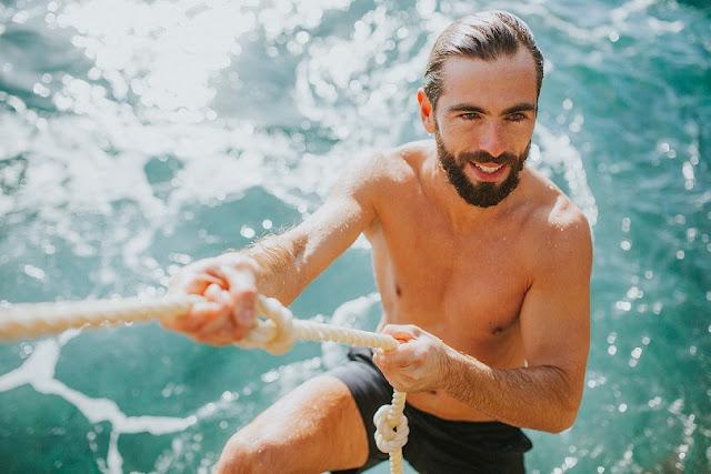 SEAGALE 2-in-1 Swim Shorts