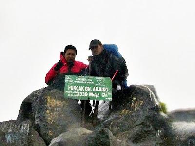 Summit Arjuno Berkabut