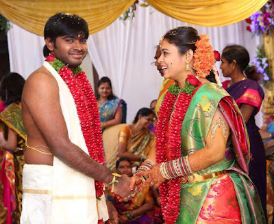Singer-Deepu-Married-Swathi-photo