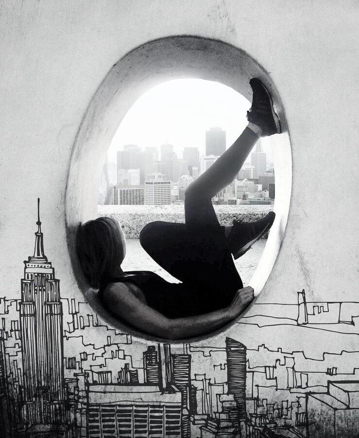 02-Living-in-a-sketch-world-Natacha-Einat-www-designstack-co