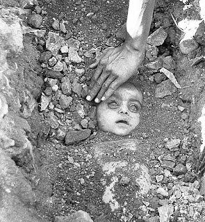 Bhopal Gas Tragedy heart touching photo