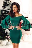 Rochie cu volane scurta verde pe corp