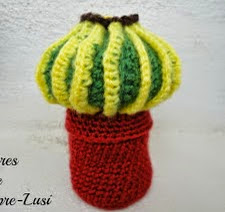 http://laboresdesiempre-lusi.blogspot.com.es/2012/11/cactus-redondo-con-espinas.html