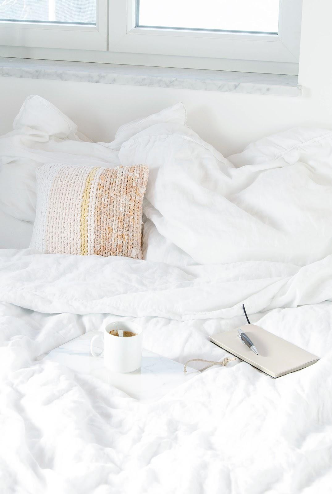 wiesoeigentlichnicht mein lieblingsprodukt im august die leinen bettw sche von h m. Black Bedroom Furniture Sets. Home Design Ideas