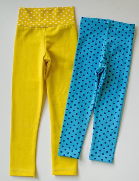 4ca568d71 Leggings aderentes são um deve ter em qualquer guarda-roupa das meninas.  Eles vão com tudo e são muito confortáveis. Usá-los com uma túnica ou  vestido e ...