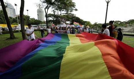Bahaya! Intelijen Kejakgung Temukan Ratusan Komik LGBT Bahasa Cina
