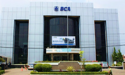 weekend banking bank bca jabodetabek