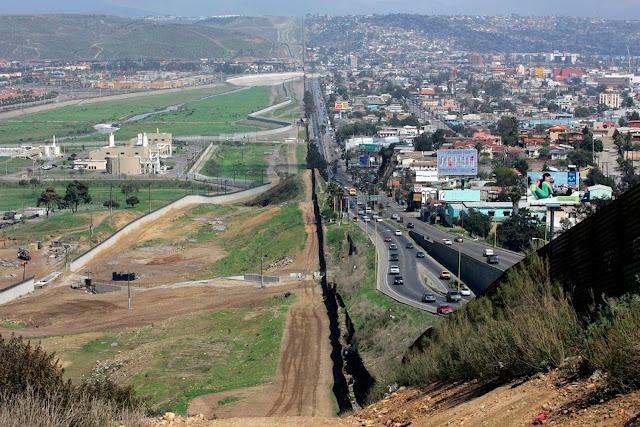 Um muro entre os Estados Unidos e a América Latina